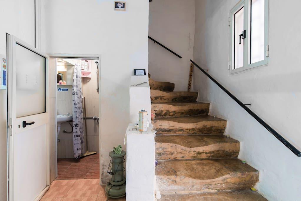 These well worn stairs lead the way to the bedroom, terrace and meditation room. They must have seen and heard a lot in 300 years!