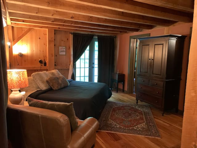 Master bedroom with king bed, first floor