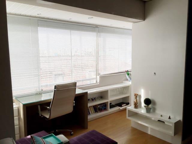 Lindo apartamento no bairro Santana - Porto Alegre - Departamento