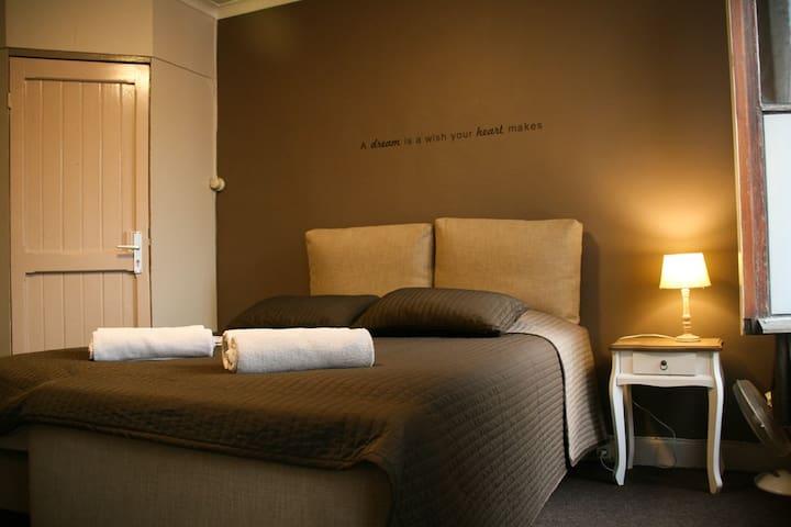Charme hostel, centrum Brugge - Bruges - Hostel