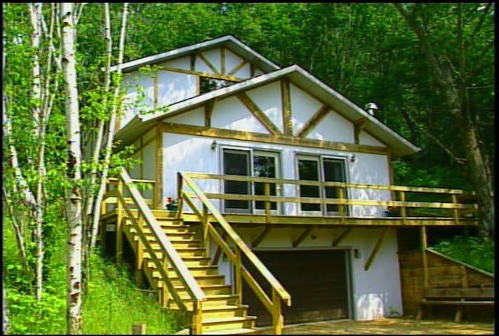 PercheronParadise Romantic Cabin 2 Near LaCrosseWI