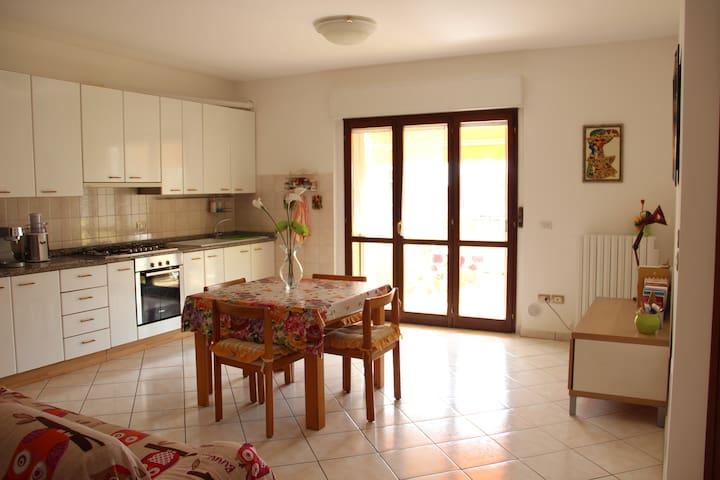 Stanza a due passi da S.Benedetto - San Benedetto del Tronto - Apartment