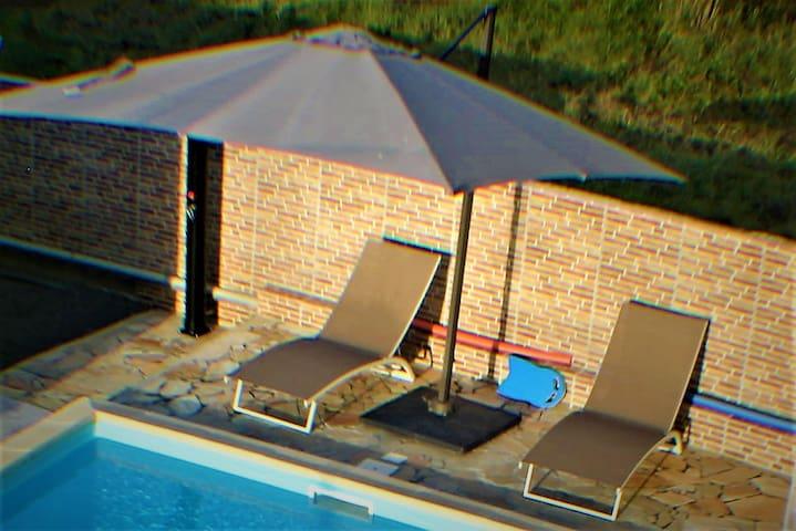 Guest house avec piscine (2 pers)