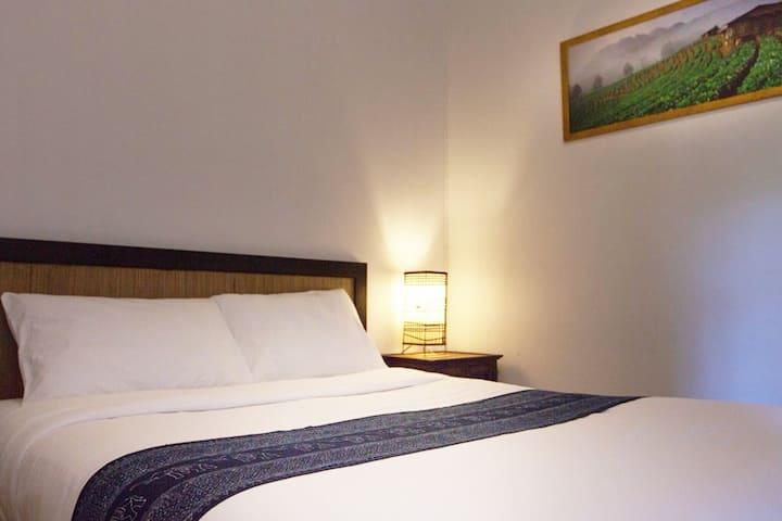 Baankiri Guesthouse - Coconut Suite