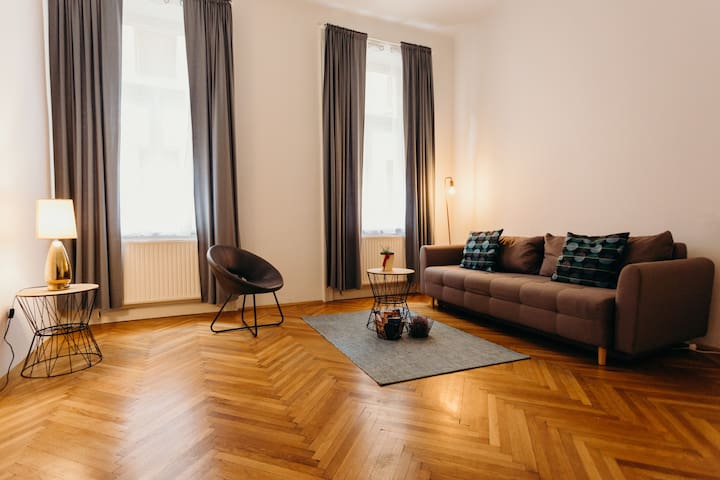 NEW!! Central located Apartment