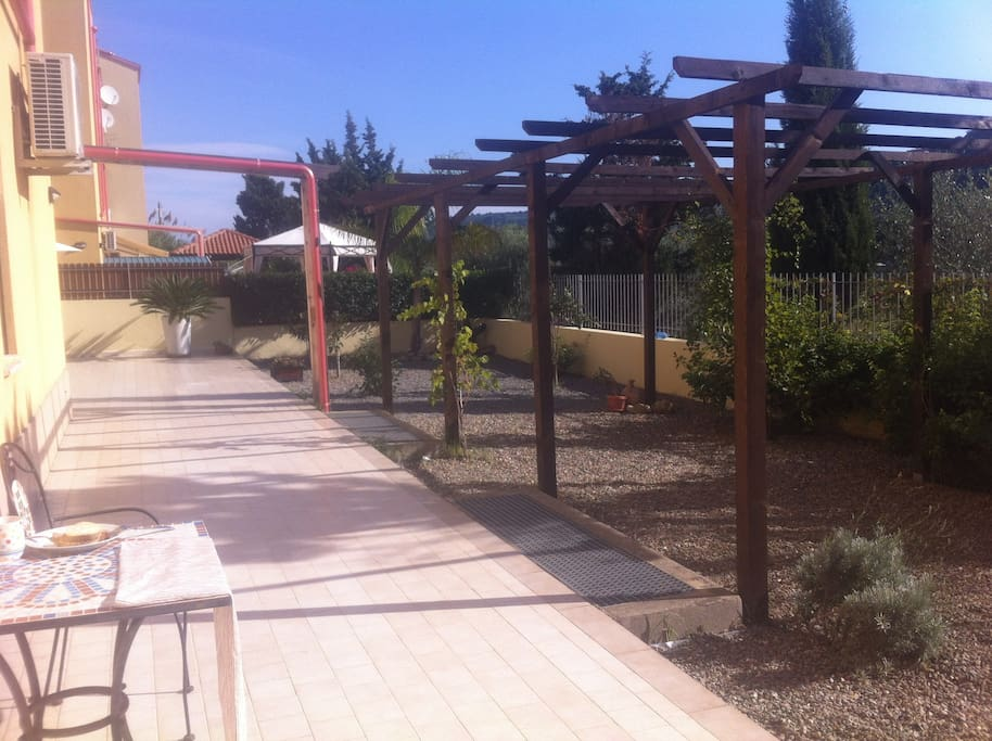 Beautiful Garden with Pergola, and grapevines,