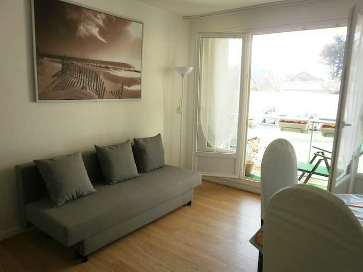 Appartement lumineux, 2 pièces 10 mn de la plage