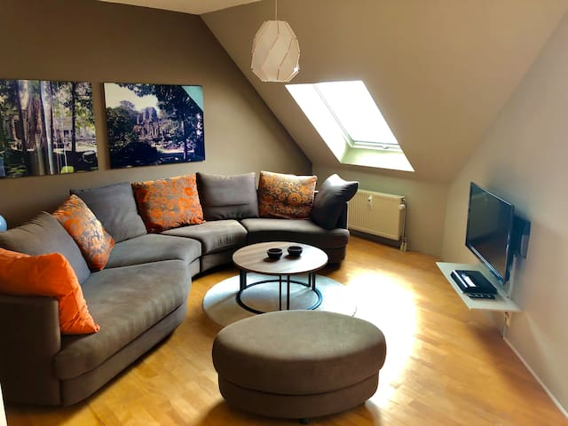Cosy apartment 15min from Frankfurt City + parking