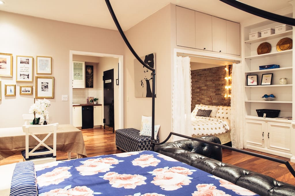 new best location 3min to rockefeller plaza maisons de ville louer new york new york. Black Bedroom Furniture Sets. Home Design Ideas