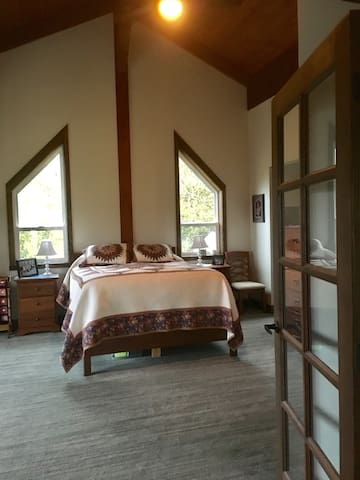 Solway Mountain Villa (The Loft)