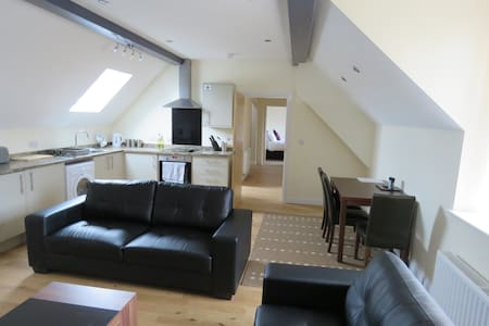 Abbey Apartments Penthouse Loft - Barrow-in-Furness