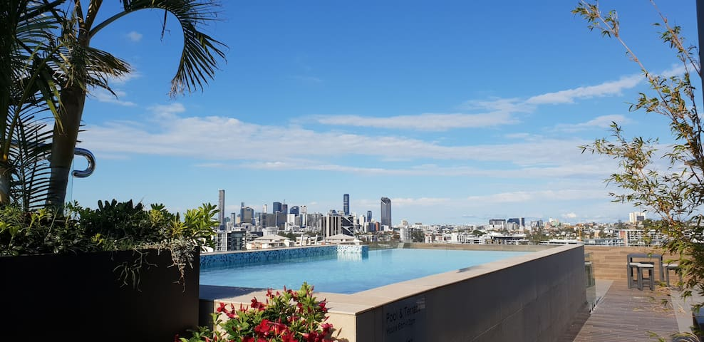 Modern, stylish living with amazing location!