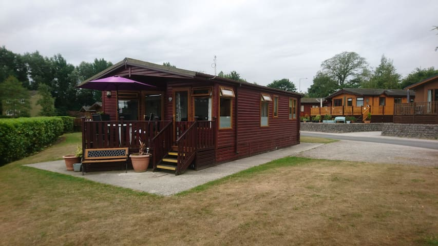 5 star facilities, 2 Arnside, Southlakeland