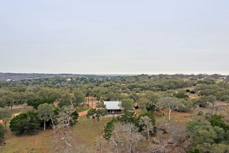 The Forester | 1 Bedroom Cabin+Hill Country Views!