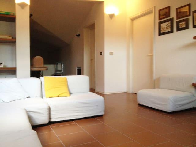 B&B il Rosmarino - appartamento - Viazzano - Appartamento