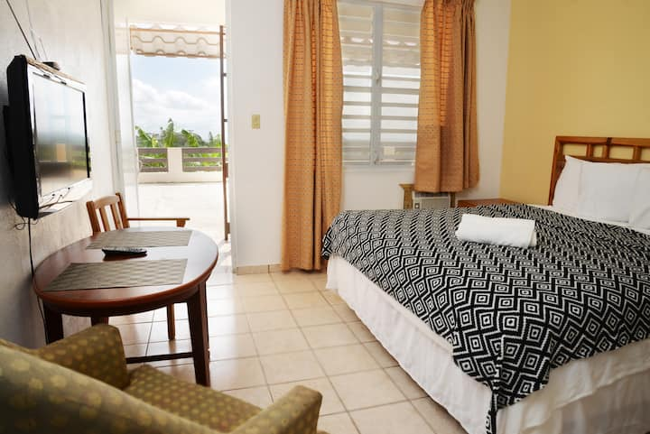 2 King Bedroom Suite & Small Kitchen I