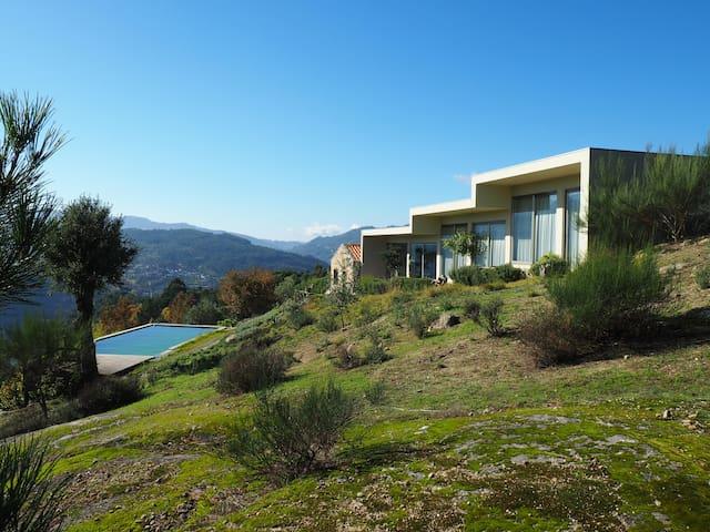 Casa do Vale de Cerdeiras