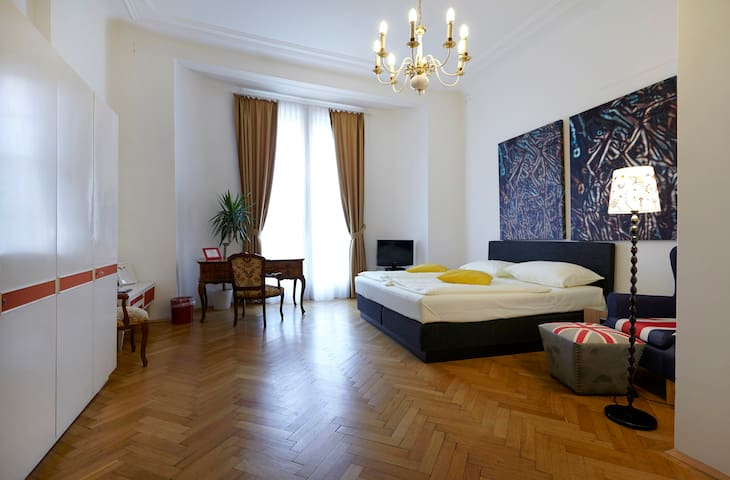 B&B AT THE HEART OF VIENNA Double 4