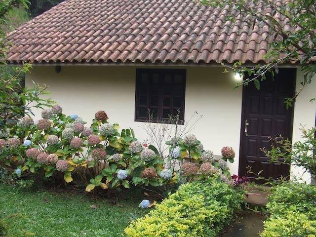 Chalé confortável em São Pedro da Serra - Nova Friburgo - Rumah