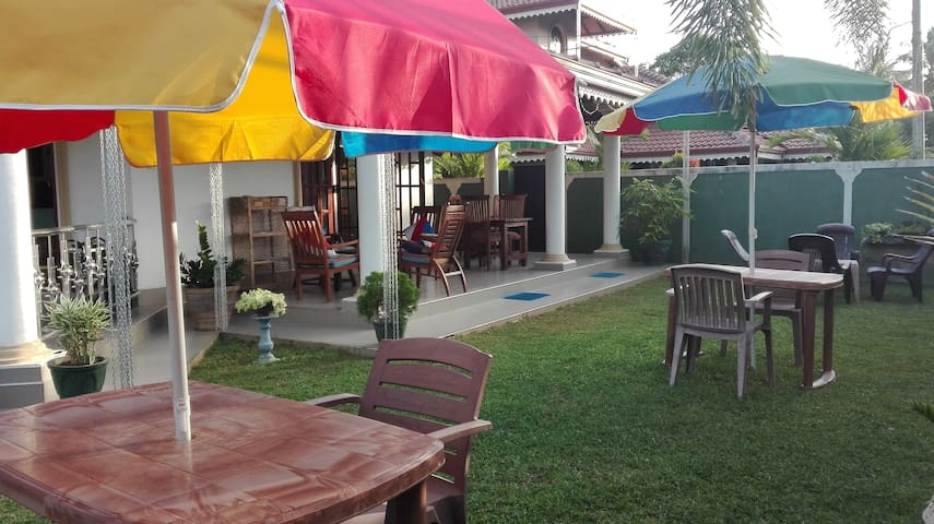 Shannon Rest Guesthouse, Negombo