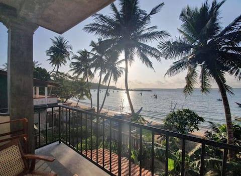 Mamma Mia Mirissa, N5, clean AC room, ocean view