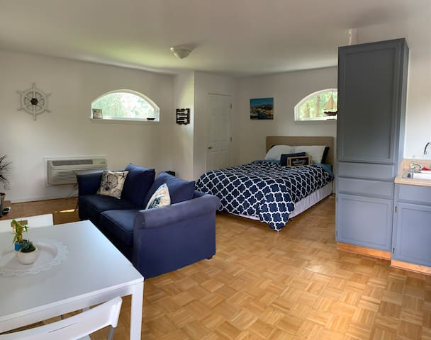Private Entrance-15min from Oceanfront - Near mall