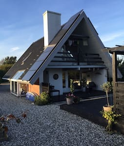 Et chillhouse tæt på vand og by - Odder