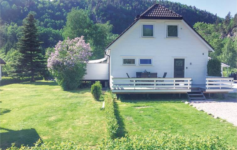 Holiday apartment with 3 bedrooms on 98m² in Vennesla
