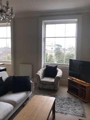 Beautiful Montpellier in Cheltenham - Cheltenham - Wohnung