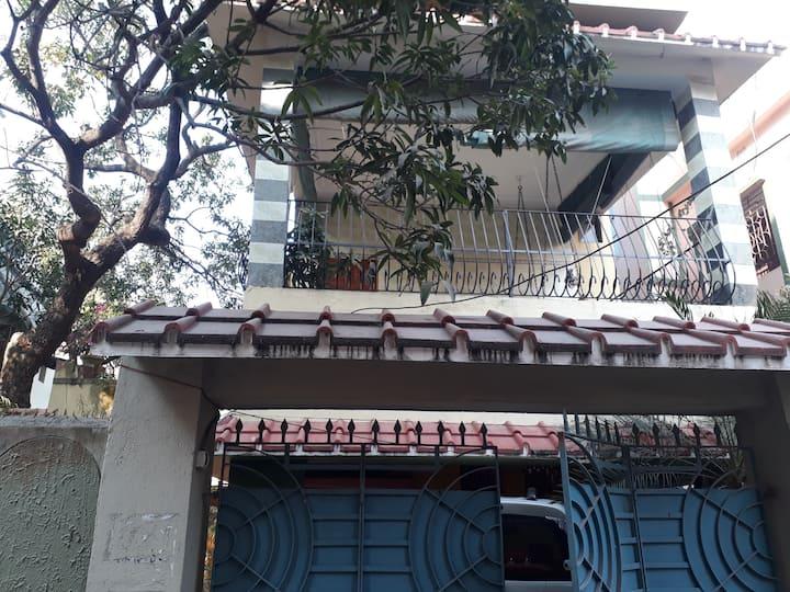 Amrakutir , South Kolkata