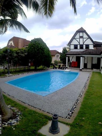 Villa A'Famosa - Alor Gajah - Villa