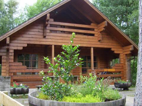 Caberfeidh Log Cabin