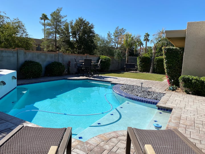 Beautiful Heart of Scottsdale Home- Pool-Fire-Yard