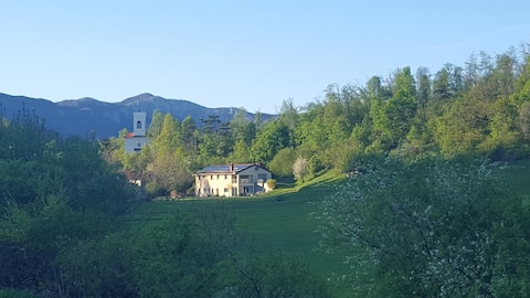 Country Estate Lojtrnik