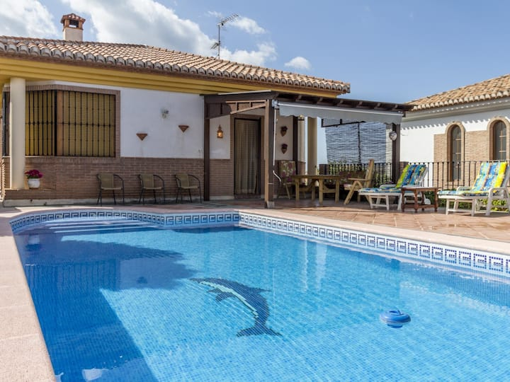 Beautiful country house with pool, terrace and views