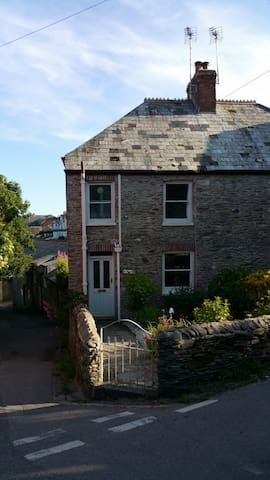 Beautiful Fishermans Cottage, Fowey - Fowey - Casa