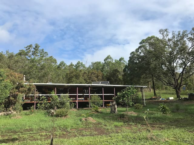 Bushland Experience on 150 acres. Pet friendly