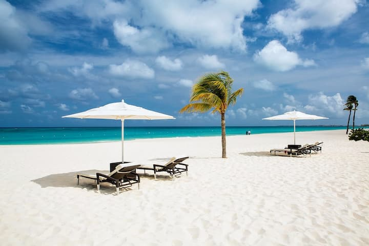 Casa Elysse - Eagle Beach Aruba - new modern house