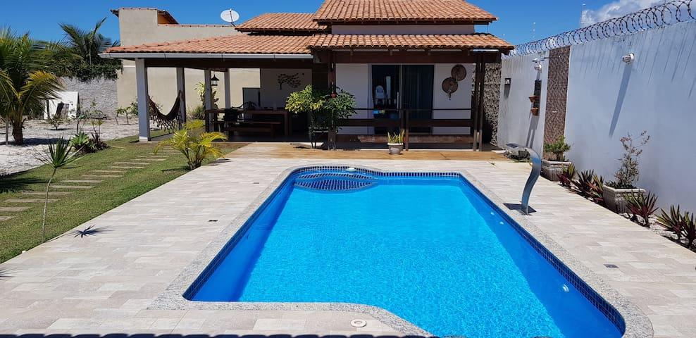 Bela Casa em Prado com piscina.