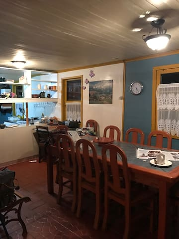 Casa en la laguna cercana a todo - La Laguna - Bed & Breakfast