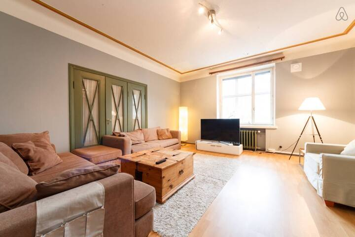 Nice room in a popular house with central location - Helsinque - Apartamento