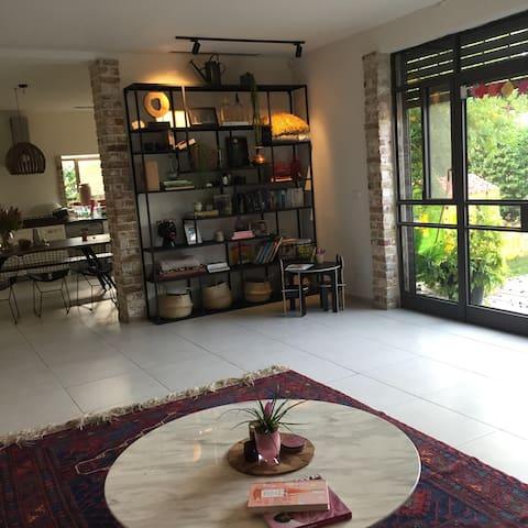 Beautiful house in Herzliya Pituach