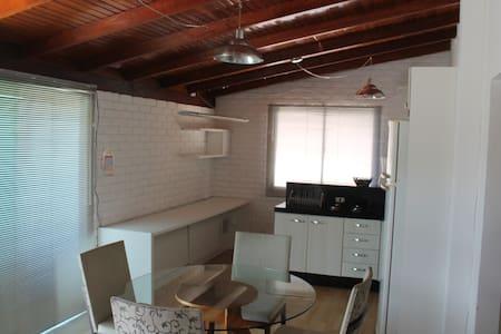 Apartamento com WiFi em Itapema - Itapema