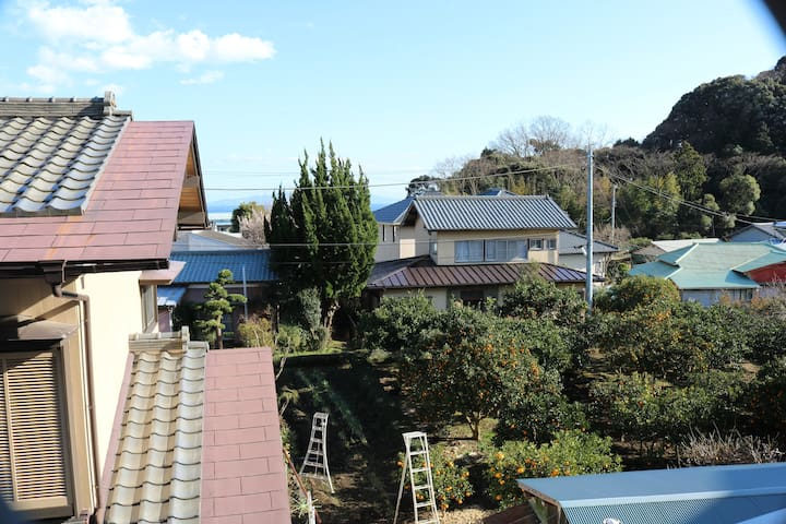 3min walk fr sta. nostalgic feeling apartment room - Itō-shi - Lägenhet