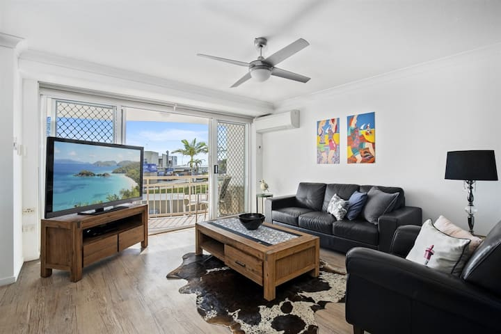 Kirra Palms 2 Bedroom Deluxe Air Conditioned