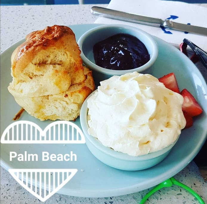 Delicious cakes at Palm Beach (only 5k away)