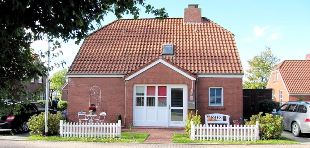 Ferienwohnung Haus Schwalbennest EG