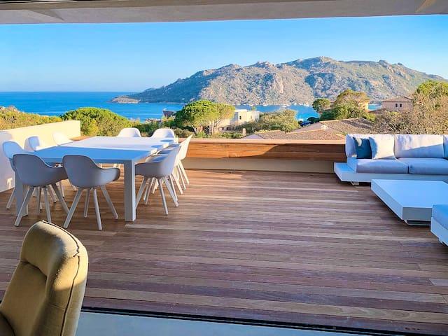 Luxury villa- Panoramic sea- Santa Giulia