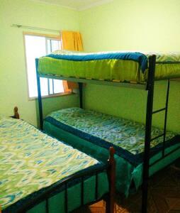 Habitación compartida para 3 personas - Rancagua