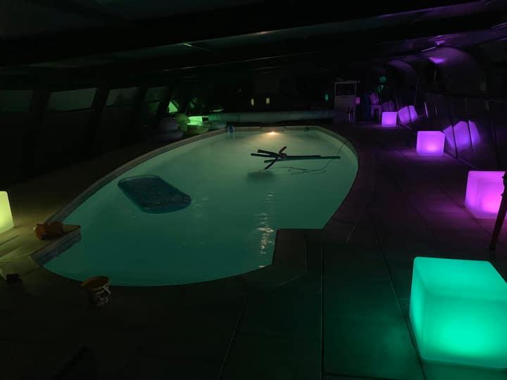 Studio 2 pers dans maison spa privé accès piscine